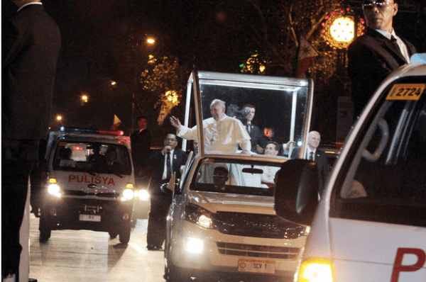 Manila Welcomes Pope Francis