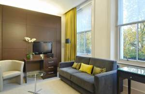 Spacious Guest Area at Park Grand London Paddington