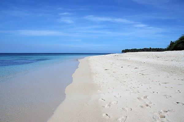 Pagudpud Beach by John Ryan Cordova