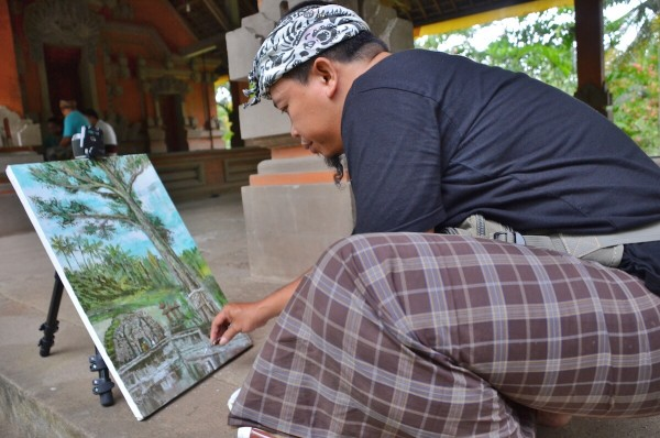 Balinese Painter inside Goa Gajan Temple