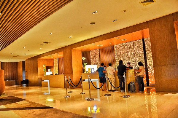 Centara Grand at Central Plaza Ladprao Bangkok Hotel Lobby