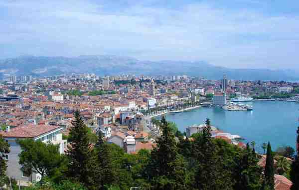 City center and the Riva promenade, as seen from Marja by DIREKTOR - Own work. Licensed under Public Domain via Wikimedia Commons - City of Split, Croatia