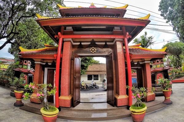 Main Gate of Vihara Dharmayana Kuta Temple