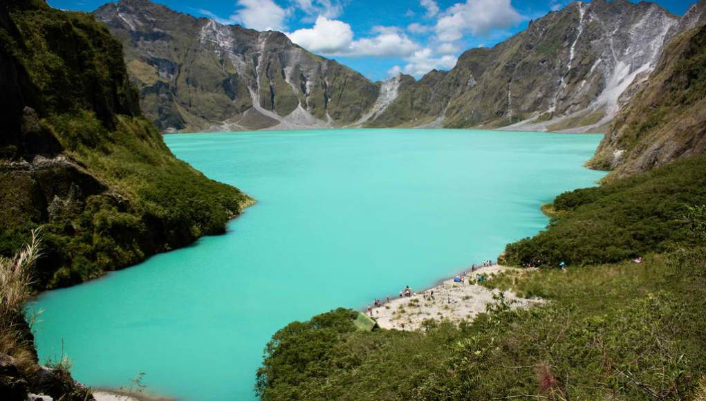 Mt Pinatubo Hiking Tour photo by Monggoy via Flickr