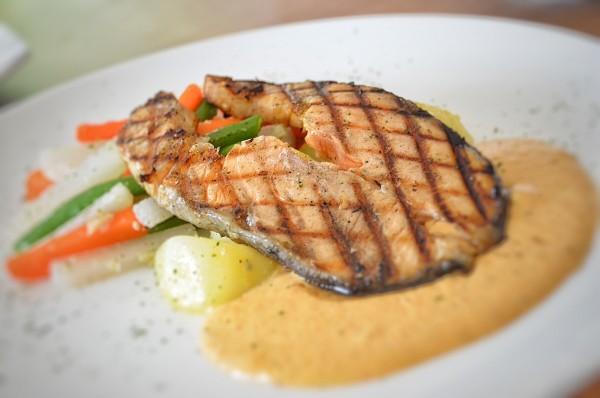 Salmon with Thai sauce