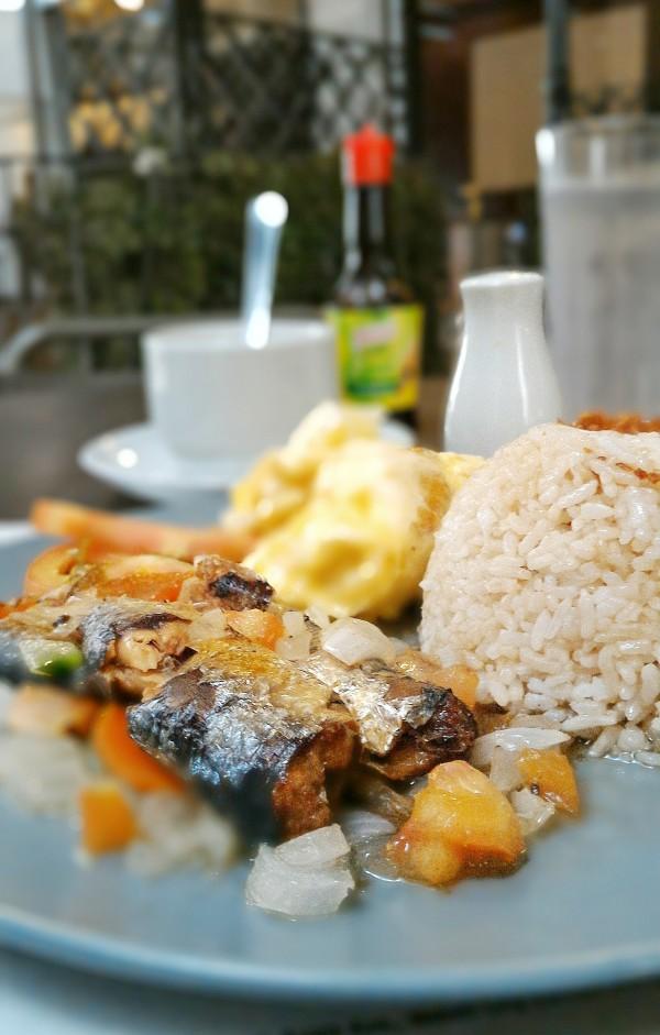 Spanish Sardines Meal - A sample food photography shot using Asus Zenfone 2 Camera