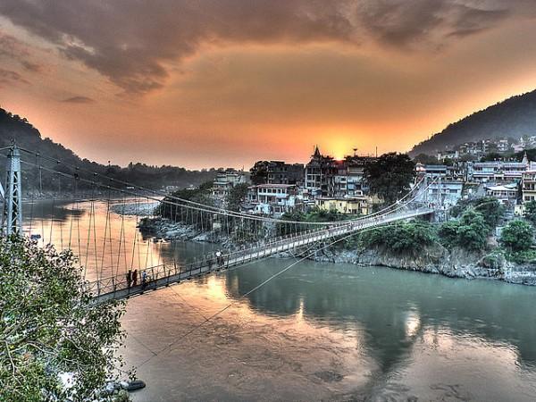 lakshman-jhula-at-rishikesh