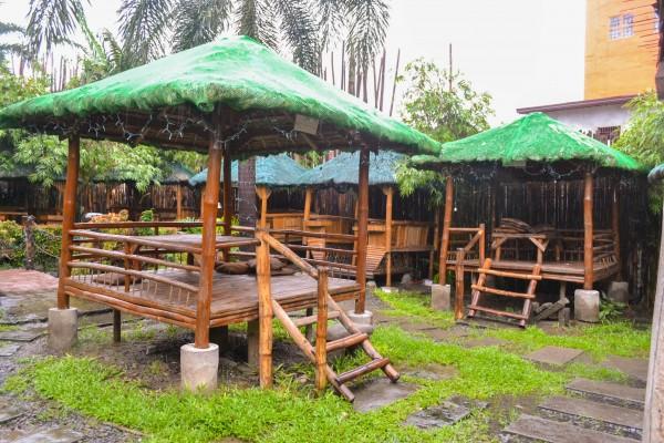 19 copung huts