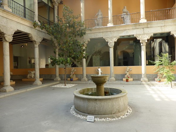 Renaissance-themed courtyard