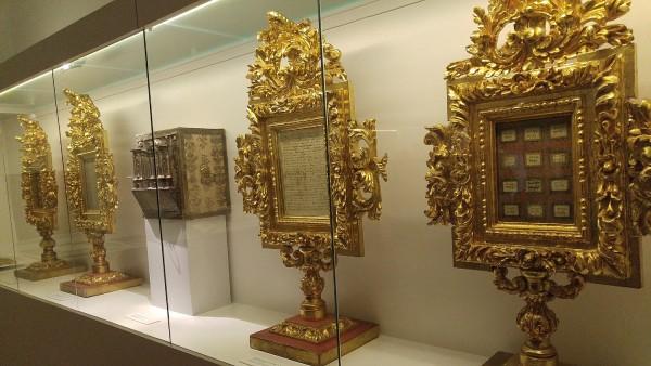 Some of the handwritings of Sta Teresa