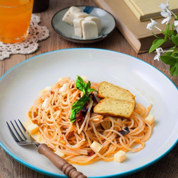 Tuyo Pasta photo by Book and Borders Cafe FB