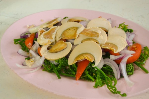 mila's pako salad