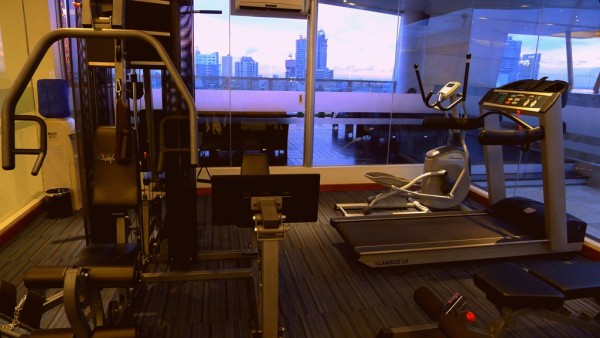 Mini-gym on the roofdeck