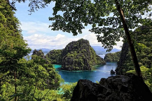 Beautiful Paradise Islands