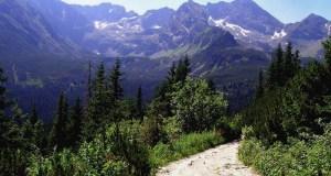 High Tatras in Poland. Licensed under CC BY-SA 3.0 via Commons