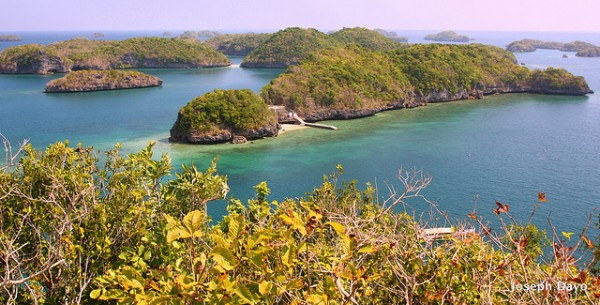 Hundred Islands in Alaminos Pangasinan photo by Joseph Emmanuel Dayo : Flickr