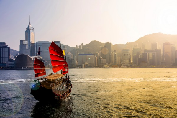 PayMaya Treats Millennials With a Chance to Travel to Hong Kong