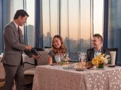 Romantic Date at Discovery Suites Ortigas