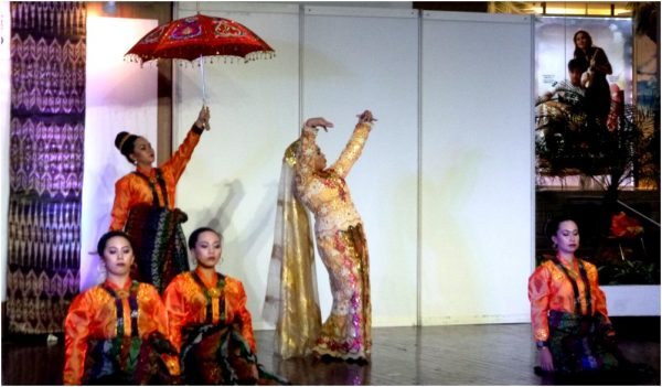 Exquisite performances of the Koronadal City Street Dance Group