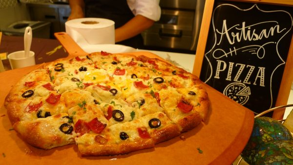 Vikings SM City Cebu Artisan Pizza