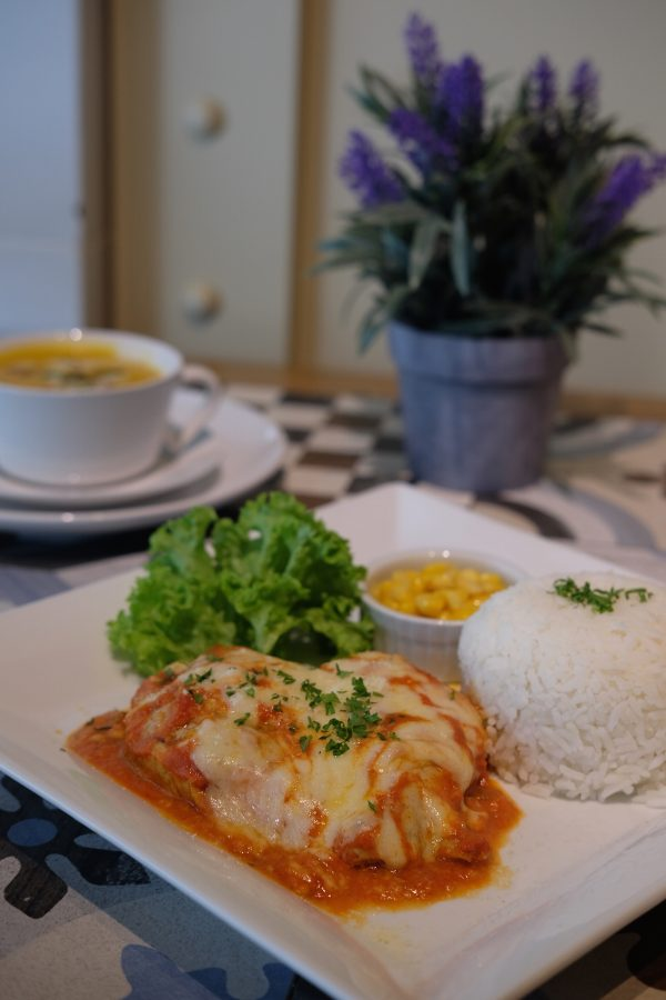 Baked Chicken with Pomodoro Sauce