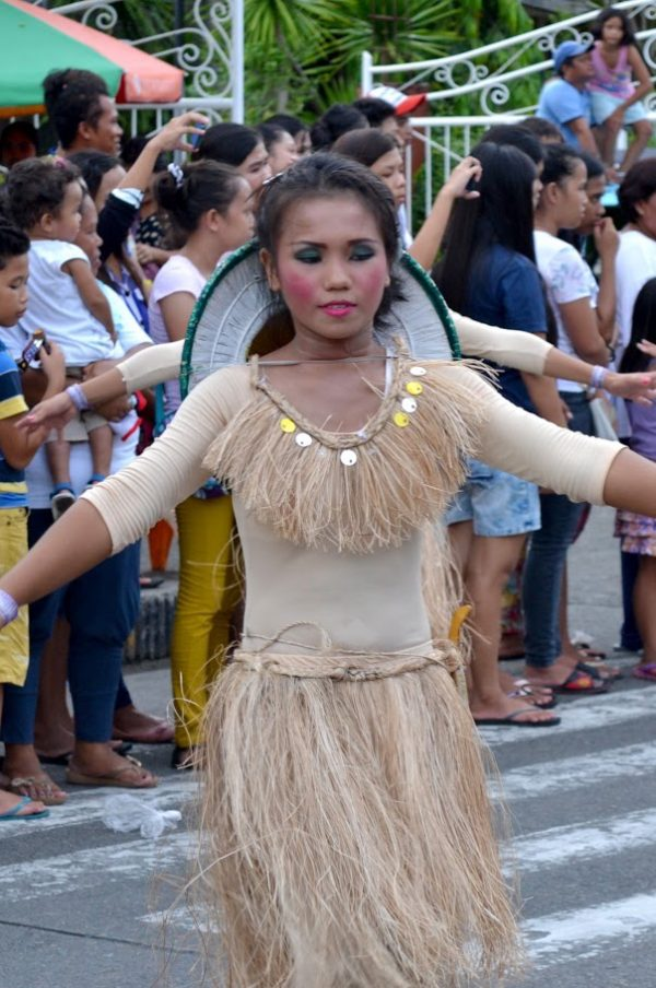 street dancers from Bato