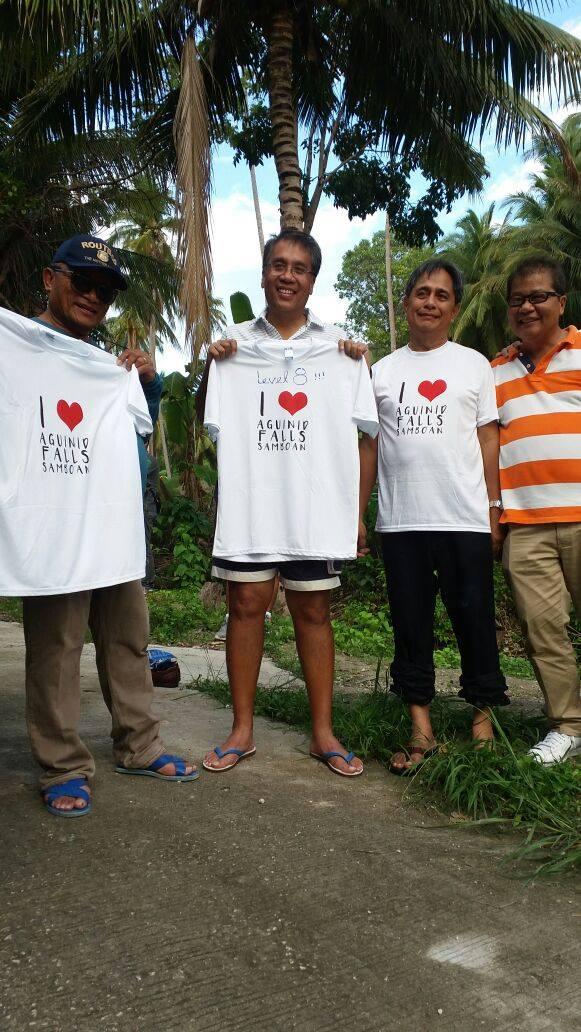 Mar promoting local tourism near Dumaguete