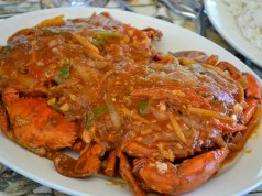 Huge crabs in rich chili sauce… Mmmmm…