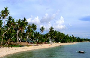 Long stretch of white sand at Maravilla