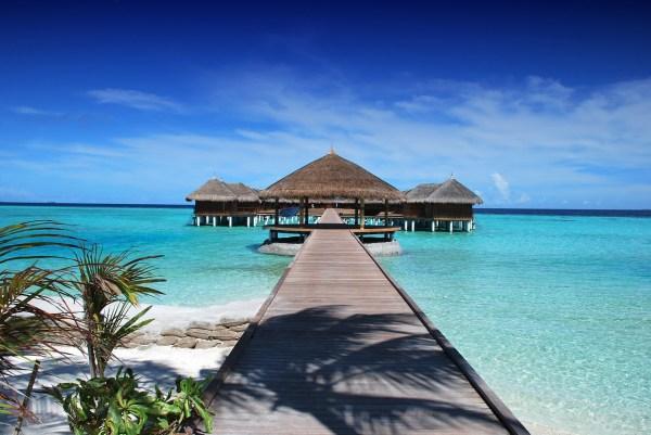 Floating Cottages - Maldives Budget Travel Blog