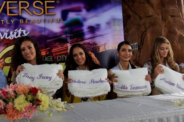 "candidates receive personalized ""inabel"" blankets from the provincial government. (L-R) Miss Netherlands Zoey Ivory Ud Koelen, Miss Bulgaria Violina Ancheva, Miss Thailand Chalita Suansanee and Miss Venezuela Mariam Habach."
