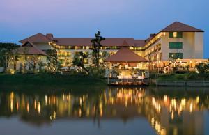 Rati Lanna Riverside Spa Resort in Chiang Mai Thailand
