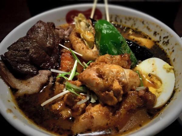 Soup Curry & Dining Suage+ by Shuji Miyazaki