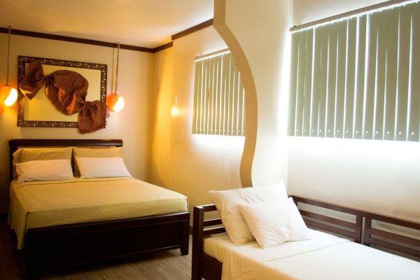 Bahay Ni Tuding Inn and Resto