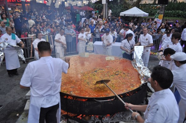 Preparing the giant paella at Paella Gigante which kicked off Flavors of the Philippines. The event was held last March 11 at Greenbelt, Makati city