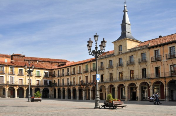 Plaza Mayor, Leon's main square filled with shops and restaurants.