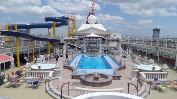 Pool Deck of Star Cruises Virgo