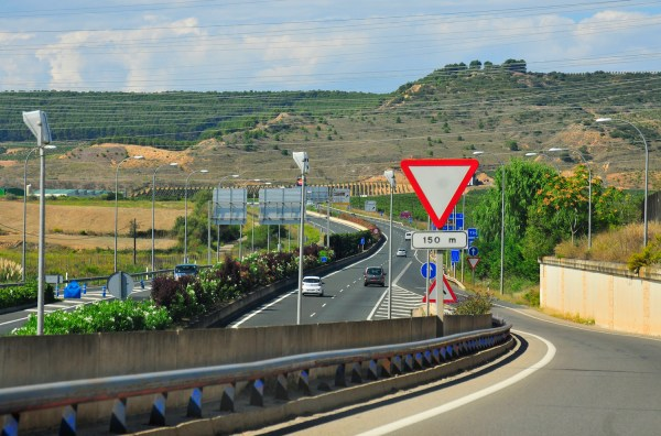 Sometimes the Camino joined the busy highway like this one here on the outskirts of Navarrete.