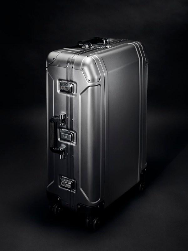 Zero Halliburton Luggage