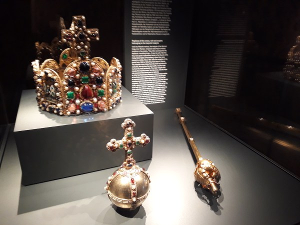 A replica of a coronation crown for kings