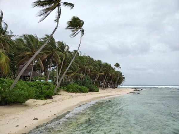 Beach in Cloud 9, Siargao