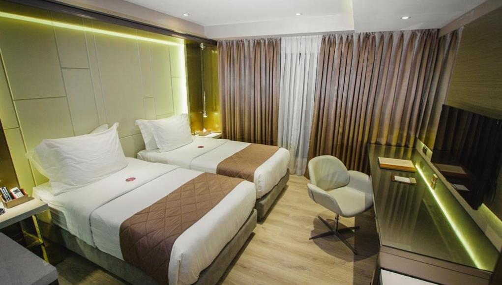 Hotel XYZ - Hotels in Tacloban City