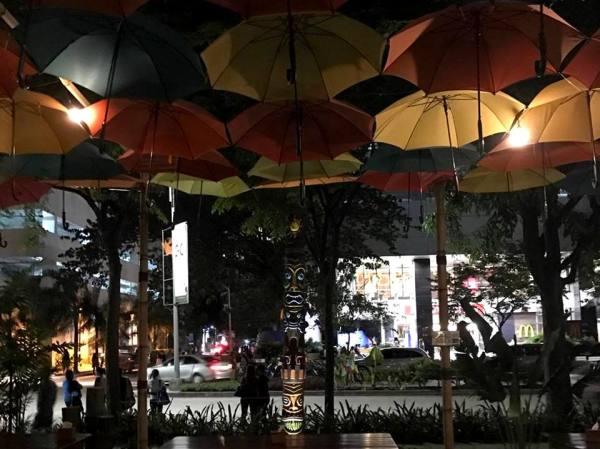 Umbrella Alfresco Area at Shaka Cebu