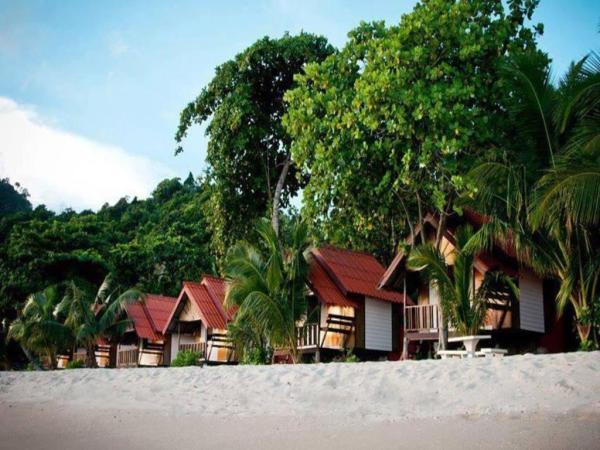 White Sands Paradise Beach Resort Siargao