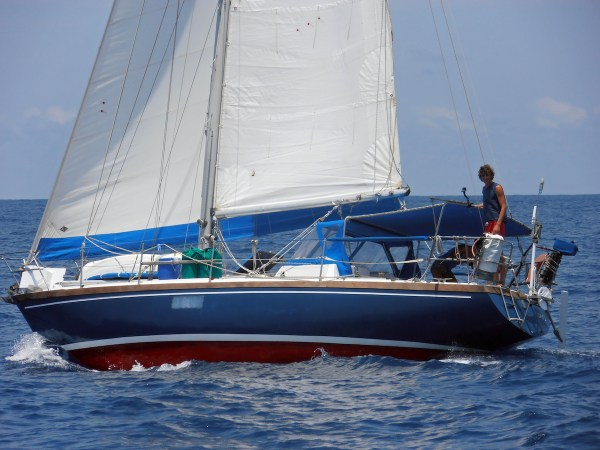 Abut Us Dali boat life adventure