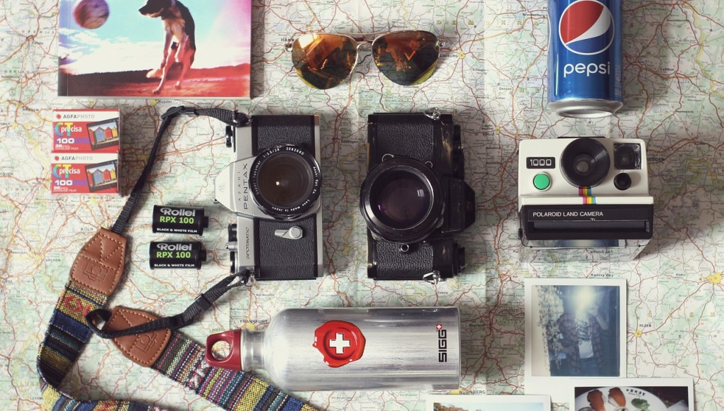 Clever Gadgets Any Traveler Needs in the Summer