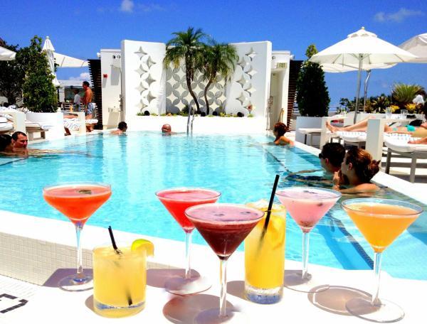 Highbar Miami poolside