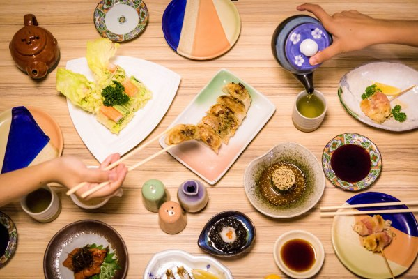 Horenso Gomaae, Mozuku, Gyoza, Puripuri Salad, Mentaiko