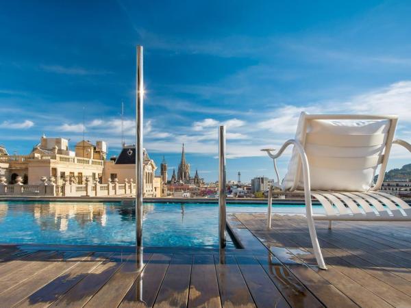 Ohla Eixample Hotel Pool