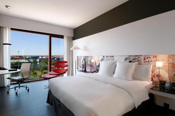 Hilton Madrid Airport Hotel